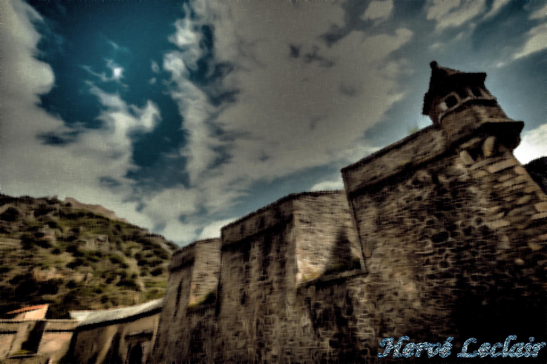 Pastel guitoune et ciel remparts villefranche de conflent